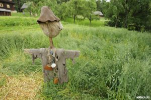Scarecrow in Poland (Photo: Rollin Verline / Vilda)